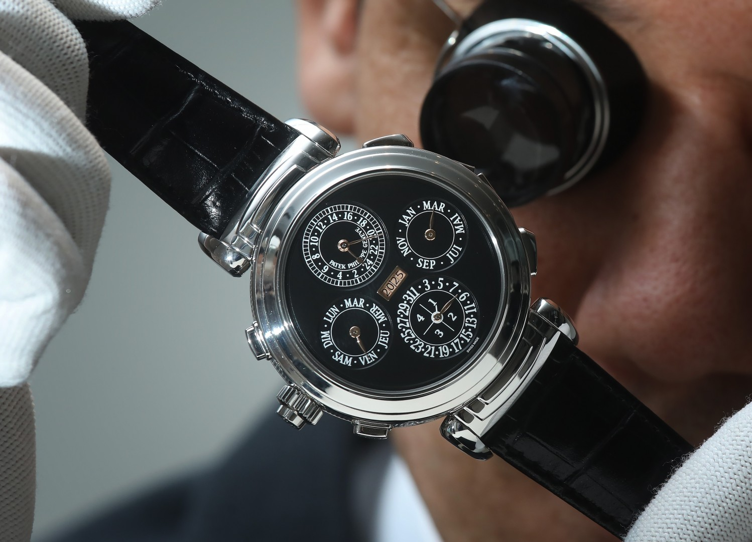 pat2 – Top Luxury Watch Brands With Their Insane Prices 2020