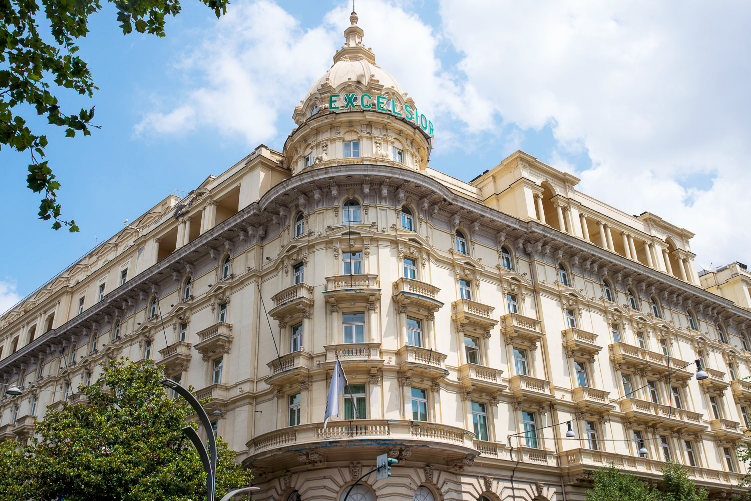 wast3 – World's Most Expensive Luxurious Hotels
