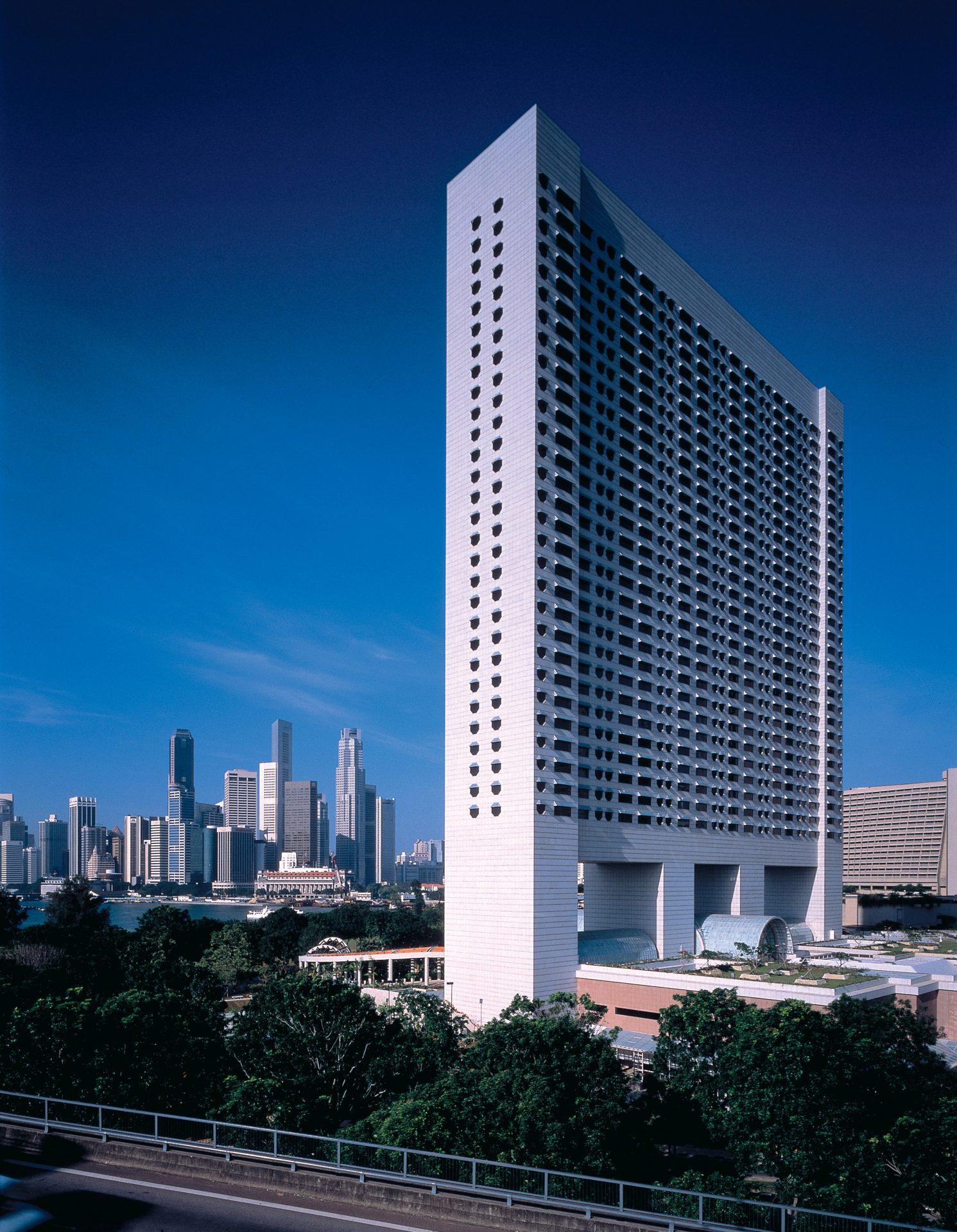 5 star hotels in Singapore - The Ritz-Carlton - Newgen Luxury