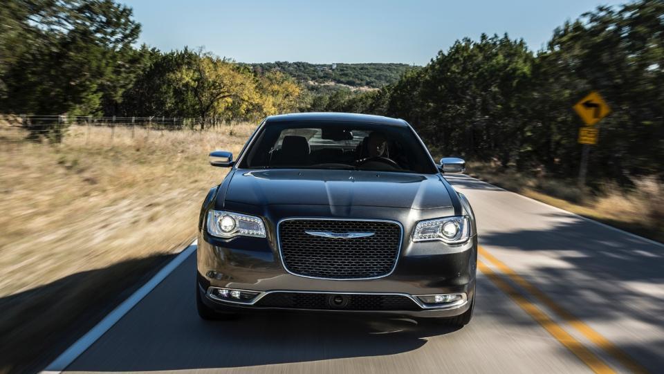 Latest Chrysler Model :Front View