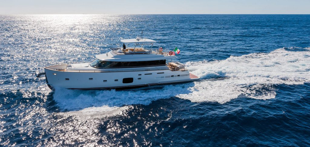 Magellano – Magellano 76 Superyacht is a Signature Cruise Boat From Azimut