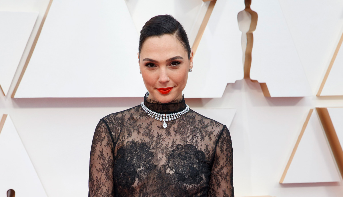 Gal Gadot Wonder Woman Oscars 2020 Red Carpet Fashion Givenchy Couture Tom Lorenzo Site 1 – Top Oscar  Jewelry 2020: A Night of Glitz and Glamour