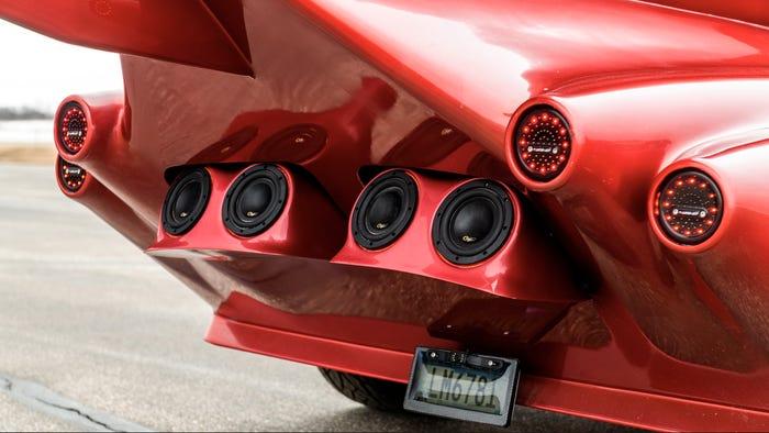 Learmousine rear – Limo Jet Concept is a Vehicle of an Impressive Design