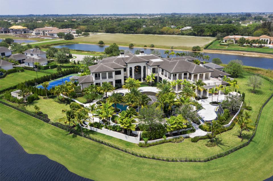 Wynn-inspired Rockybrook Estate