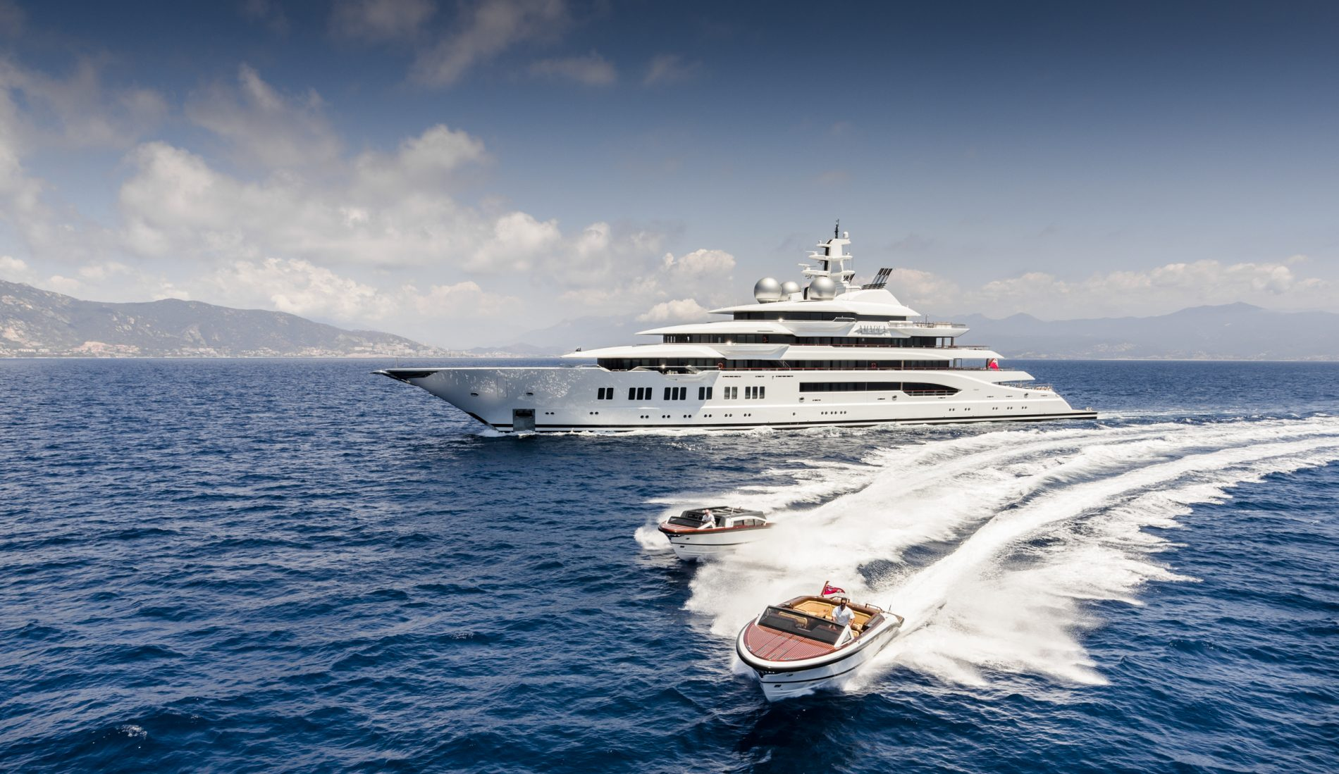 106m Amadea superyacht by Lurssen