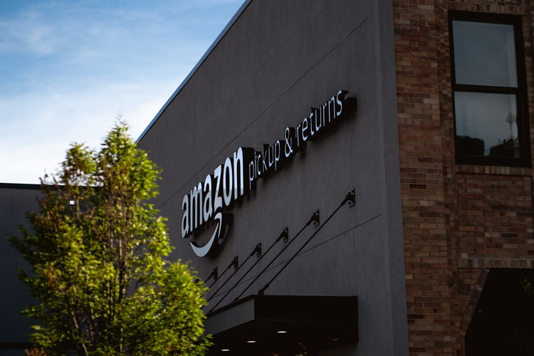 Amazon luxury store by invitation-only